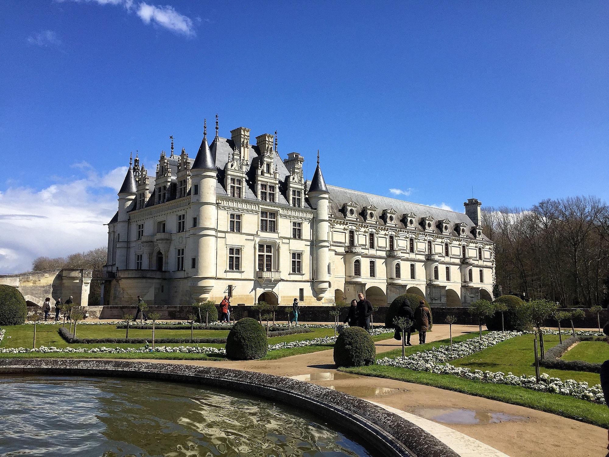 Замки возле Парижа