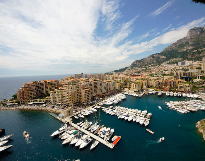 Порт Фонвьей в Монако